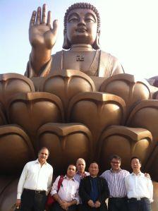 Visita a Yantai para contatar fornecedores de máquinas de EPS.(mar./2013)